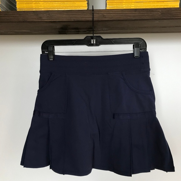 Athleta Pants - Athleta Navy Pleated Any Sport Skort - Small 4/6